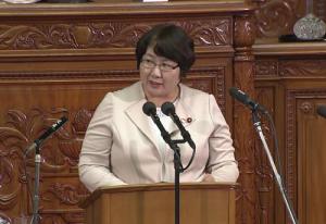 6月19日衆議院本会議で派遣法改悪案の反対討論に立つ高橋議員